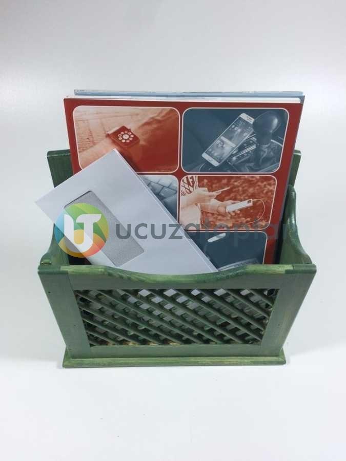 Fıstık Yeşili El Yapımı Çam Ağacı Posta Kutusu Gazetelik (28 x 28 cm)